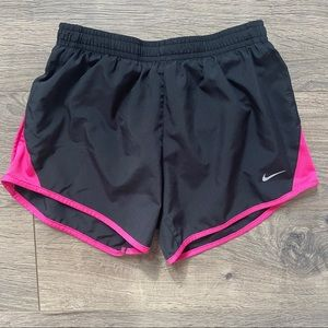 Girl's Nike Dri-Fit Black and Pink Shorts Medium M